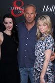 Jena Malone, Kevin Costner, Lindsay Pulsipher — Stock Photo