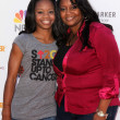 Gabby Douglas and mom — Stock Photo