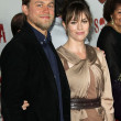 ������, ������: Charlie Hunnam and Maggie Siff
