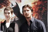 Anne Hathaway and Christian Bale — Stock Photo