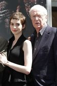 Anne Hathaway, Michael Caine — Stock Photo