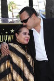 Pepe Aguilar and Mother Flor Silvestre — Stock Photo