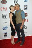 Theo Rossi and Sarah Jones — Stock Photo