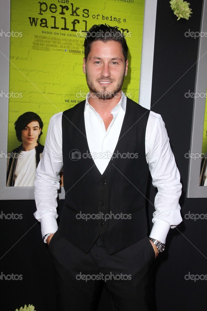 Val Chmerkovskiyat The Perks of Being a Wallflower Los Angeles Premiere, Arclight, Hollywood, CA 09-10-12 — Stock Photo #14015722