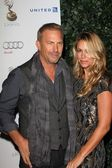Kevin Costner and Wife Christine — Stock Photo