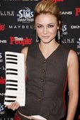 Samaire Armstrong at the Teen 2003 Artist Of The Year and AMA AfterParty, Avalon, Hollywood, CA 11-16-03 — Stock Photo