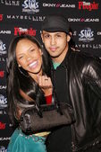 Keely Williams and Erik Michael at the Teen 2003 Artist Of The Year and AMA After-Party, Avalon, Hollywood, CA 11-16-03 — Stock Photo