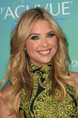 Ashley benson — Foto Stock
