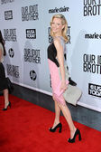 """Elizabeth Banks at the """"Our Idiot Brother"""" Premiere, ArcLight Cinemas, Hol — Stock Photo"""