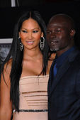 "Kimora Lee and Djimon Hounsou at ""The Tempest"" Los Angeles Premiere, El Ca — Stock Photo"