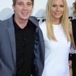 Постер, плакат: Garrett Hedlund and Gwyneth Paltrow