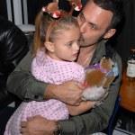Spiros Poros and daughter — Stock Photo #14141571