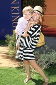 "Julie Bowen at ""The Lion King 3D"" Los Angeles Premiere, El Capitan, Hollyw — Stock Photo"