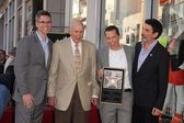 John Henson, Carl Reiner, Jon Cryer, Chuck Lorre at Jon Cryer's induction — Stock Photo