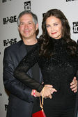 Lynda Carter and husband — Stock Photo