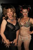 Kitten Natividad and Penny Starr Jr. — Foto de Stock