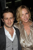"Michael Angarano and Uma Thurman at the ""Ceremony"" Los Angeles Premiere, Arclight, Hollywood — Stockfoto"