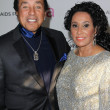 Постер, плакат: Smokey Robinson and wife Frances