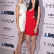 "Kendall Jenner, Kylie Jenner  at ""The Vow"" World Premiere, Chinese Theater, Hollywood, CA 02-06-12 — Stock Photo"