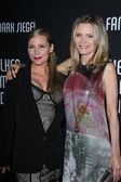 Dedee pfeiffer y michelle pfeiffer — Foto de Stock