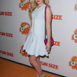 "Kathryn Newton  Kathryn Newton  at the ""Fun Size"" Los Angeles Premiere, Paramount Studios, Hollywood, CA 10-25-12 — Stock Photo"