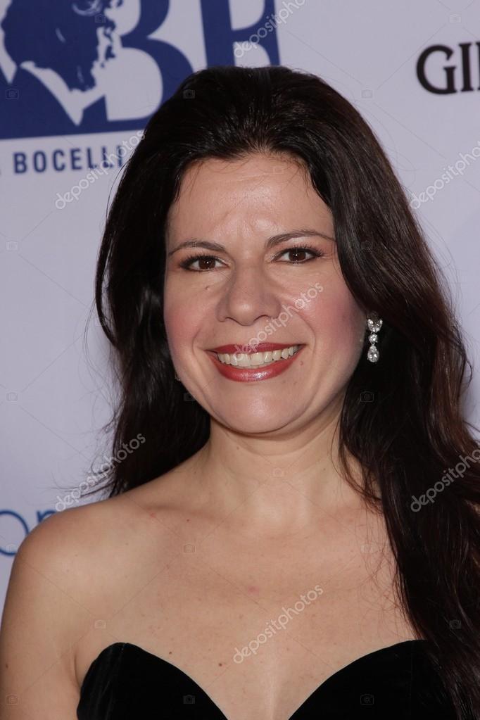 Anna <b>Maria Martinez</b> bei der Andrea Bocelli Foundation Gala Vorstellung, <b>...</b> - depositphotos_14411285-Anna-maria-martinez
