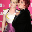 Kelly Osbourne and Sharon Osbourne  at US Weeklys Hot Hollywood Event, Colony, Hollywood, CA. 11-18-10 — Stock Photo