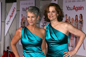 "Jamie Lee Curtis and Sigourney Weaver at the ""You Again"" Los Angeles Premiere, El Capitan Theater, Hollywood, CA. 09-22-10 — Stock Photo"