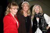 Barbara Eden, Diane Ladd, Connie Stevens — Stock Photo