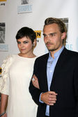 Ginnifer Goodwin and Joey Kern — Stock Photo
