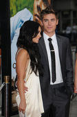 Vanessa Hudgens and Zac Efron — Stock Photo