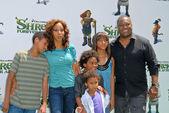 Holly Robinson Peete, Rodney Peete and family — Stock Photo