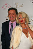 Piers Morgan and Paris Hilton — Stock Photo