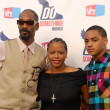 Постер, плакат: Snoop Dogg wife Shante Taylor and son Corde
