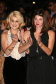 Kelly Osbourne and Brooke Dulien at Rodeo Drive Celebrates Fashions Night Out, Beverly Hills, CA. 09-10-10 — Stock Photo