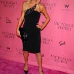 ������, ������: Paris Hilton