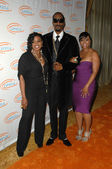 Snoop Dogg with Wife Shante Broadus and her Sister — Stock Photo