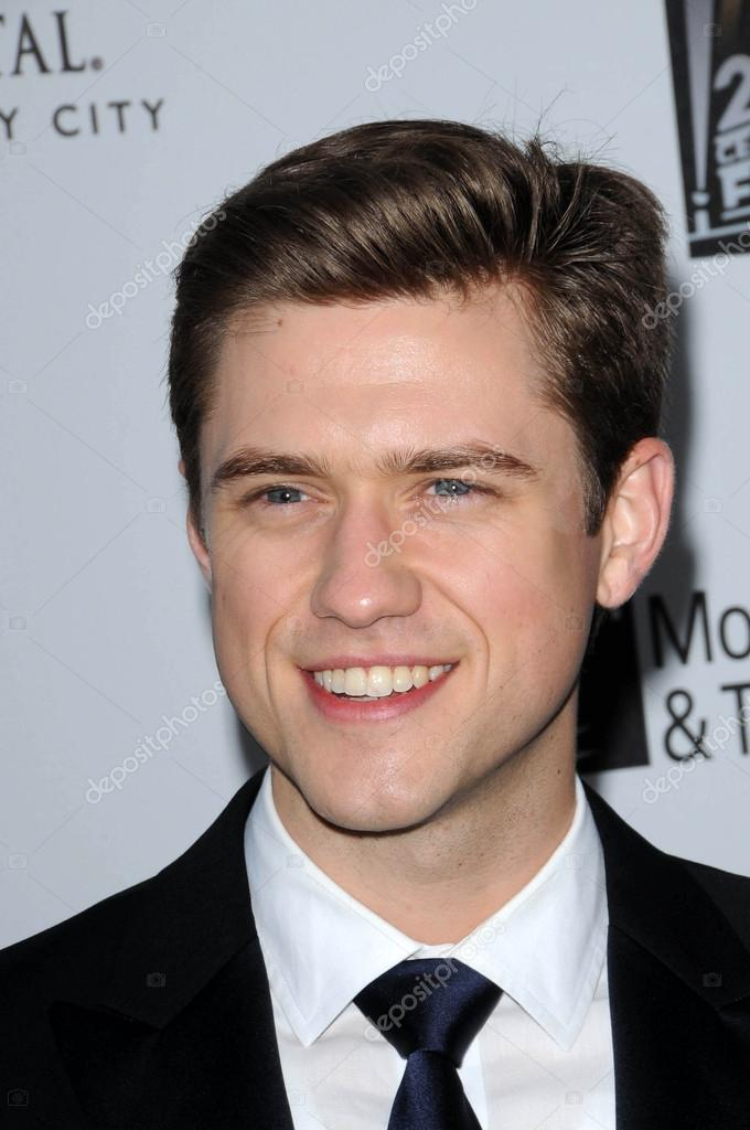 Aaron Tveit at the 5th Annual A Fine Romance Benefit Gala, 20th Century Fox Studios, Los Angeles, CA. 05-01-10 — Stock Photo #14996637