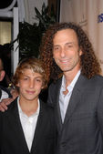 Kenny G and son at TheWraps Exclusive Oscar Party, Culina, Four Seasons Hotel, Beverly Hills, CA. 03-01-10 — Stock Photo