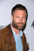Aaron Eckhart at Ferrari 458 Italia Brings Funds For Haiti Relief, Fleur de Lys, Los Angeles, CA. 03-18-10 — Stockfoto