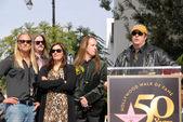 Dan Aykroyd with Barbara Orbison, Wesley Orbison, Alex Orbison, Roy Orbison Jr. — Stock Photo