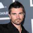 Juanes  at the 52nd Annual Grammy Awards - Arrivals, Staples Center, Los Angeles, CA. 01-31-10 - Foto de Stock