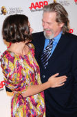 Maggie Gyllenhaal and Jeff Bridges — Stockfoto