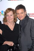Jeremy Renner and mom at the Hollywood Reporter's Nominee's Night at the Mayor's Residence, presented by Bing and MSN, Private Location, Los Angeles, CA. 03-04-10 — Stock Photo