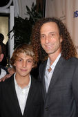 Kenny G and son at TheWrap's Exclusive Oscar Party, Culina, Four Seasons Hotel, Beverly Hills, CA. 03-01-10 — Stock Photo