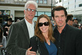 Ted Danson with Diane Lane and Josh Brolin — Foto de Stock