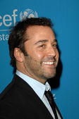 Jeremy Piven at the 2009 UNICEF Ball Honoring Jerry Weintraub, Beverly Wilshire Hotel, Beverly Hills, CA. 12-10-09 — Zdjęcie stockowe