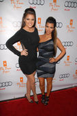 Khloe Kardashian and Kim Kardashian at The Trevor Project's 12th Annual Cracked Christmas, Wiltern Theater, Los Angeles, CA. 12-06-09 — Stock Photo