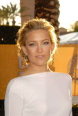 Kate Hudson at the 16th Annual Screen Actor Guild Awards Arrivals, Shrine Auditorium, Los Angeles, CA. 01-23-10 — Stock Photo