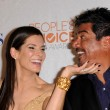 Sandra Bullock and George Lopez — Stock Photo
